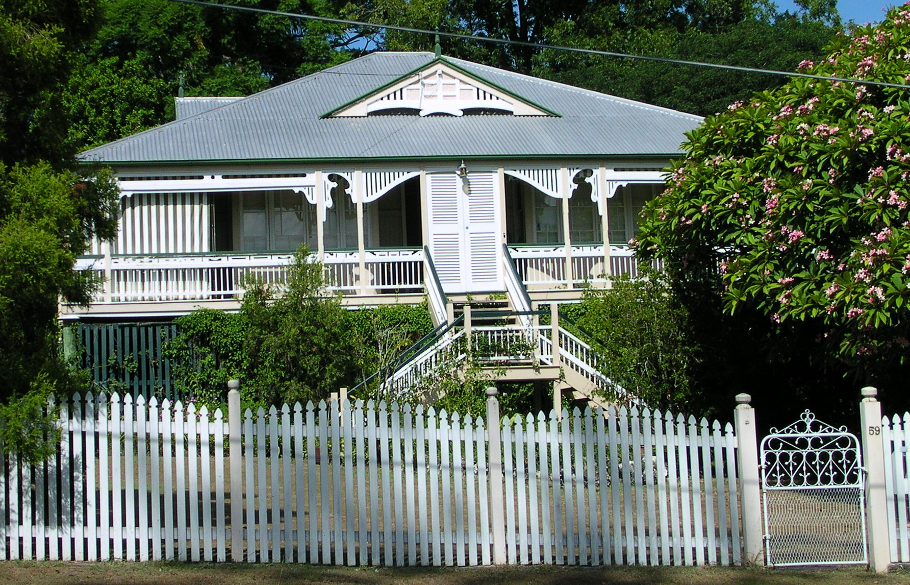 Queenslander House - Painting Service Brisbane